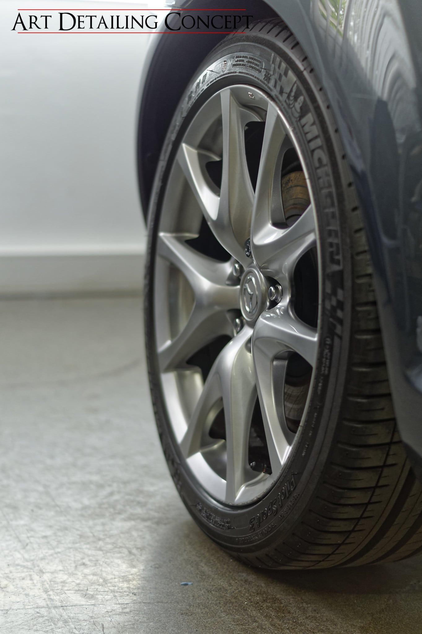 poli lustrage Mazda RX8 jantes