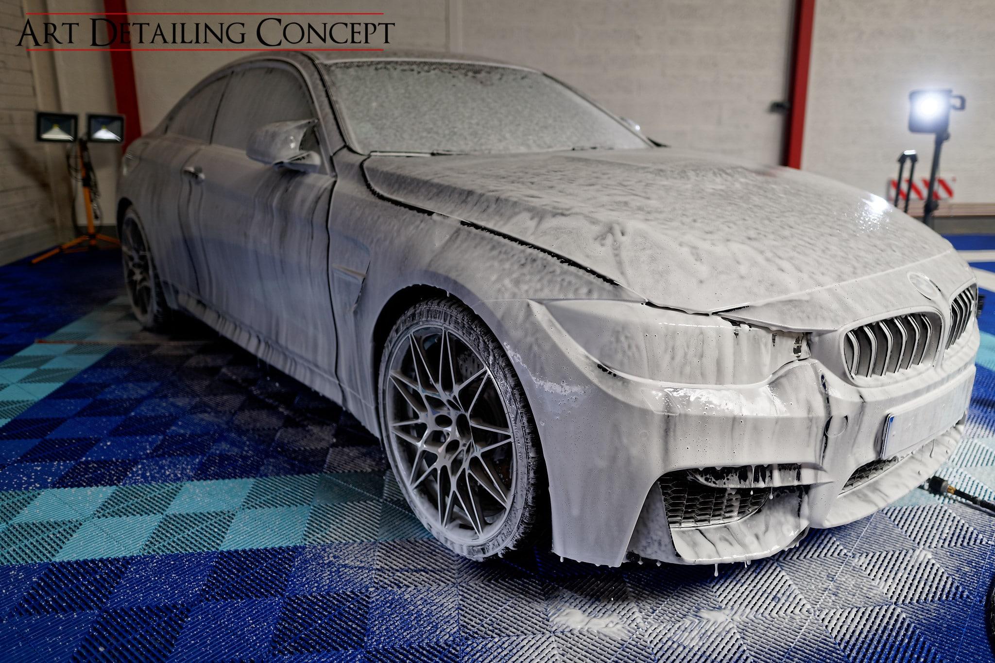 detailing BMW Motorsport - mousse active pré lavage